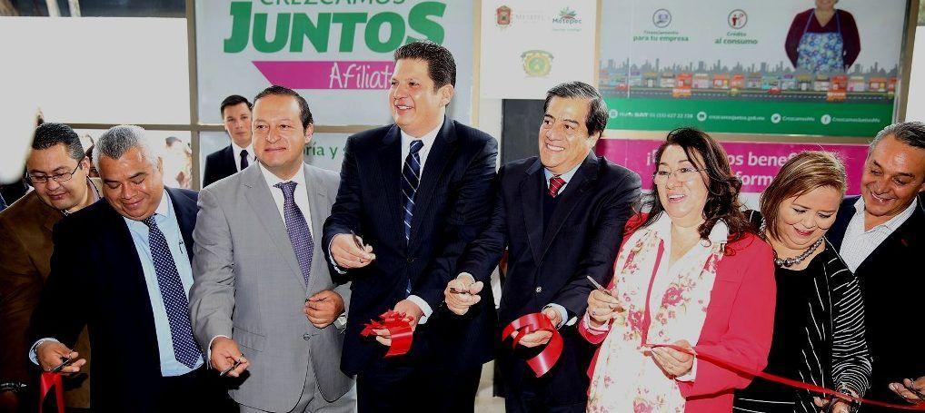 Instalan En Metepec Módulo De Atención Del Sat Diario