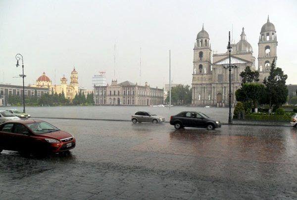 Conagua alerta sobre lluvias fuertes en el Valle de México