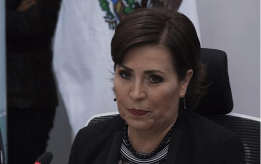 Va Rosario Robles al Reclusorio Sur; espera obtener libertad condicional