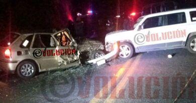 Un muerto y 4 heridos deja choque en Xonacatlán