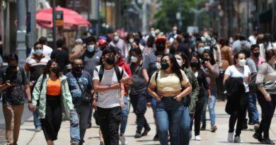 México acumula más de 3 millones de casos COVID; mujeres han enfermando más