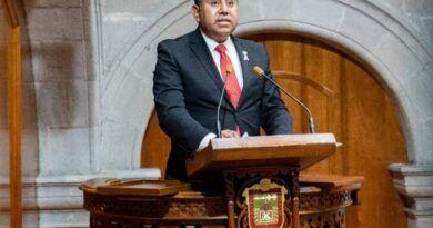 Exhorta Braulio Álvarez al gobierno municipal de Toluca a atender las condiciones de calles y avenidas