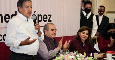 Morena EdoMéx suma a sus filas dirigentes que renuncian al PRD