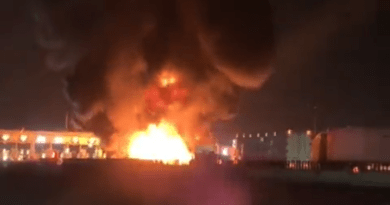 Explota pipa de gas LP a la altura de la caseta de Tultepec; no se reportan lesionados