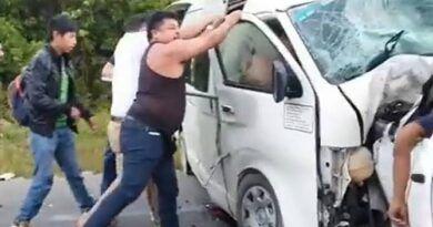 5 muertos deja aparatoso choque en la Felipe Carrillo Puerto-Tulum